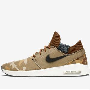 Nike Janoski Sneakers